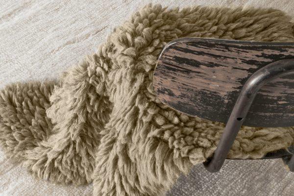 WO WOOLLY BG 9 600x400 - Woolly Sheep Bege 75 x 110 cm
