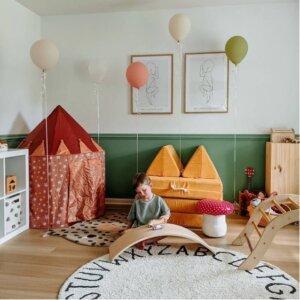Imagem1 300x300 - Tapetes, pufes e cestos que vão além do óbvio e se transformam em brincadeiras divertidas da Lorena Canals!